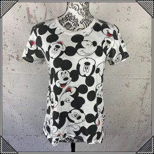 * Mickey Mouse all over Graphic Tee Short Sleeve *